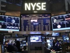 Σχεδόν αμετάβλητα τα αμερικάνικα συμβόλαια λίγο πριν το άνοιγμα στη Wall Street