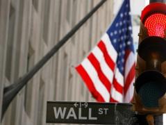 Πτωτικά τα αμερικάνικα συμβόλαια λίγο πριν την έναρξη της συνεδρίασης στη Wall, έπειτα από τα στοιχεία για τα επιδόματα ανεργίας