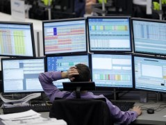 Ήπιες απώλειες στην Wall Street, κέρδη στην Ευρώπη με την ΕΚΤ και την πτώση του πετρελαίου στο επίκεντρο της Πέμπτης